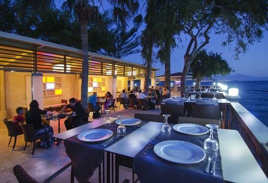 Tusan Beach Resort Hotel - снимка - 21