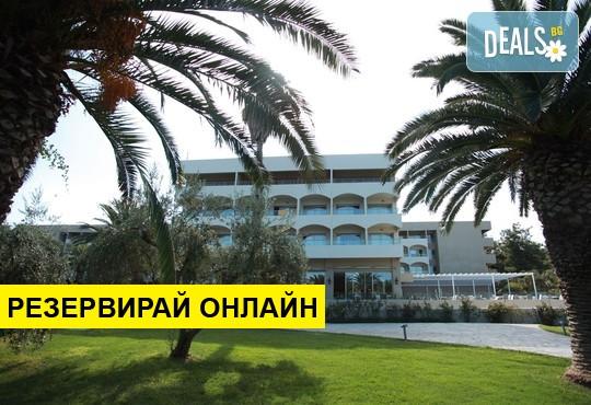 Нощувка на база HB,FB в Kassandra Palace Hotel & Spa 5*, Криопиги, Халкидики
