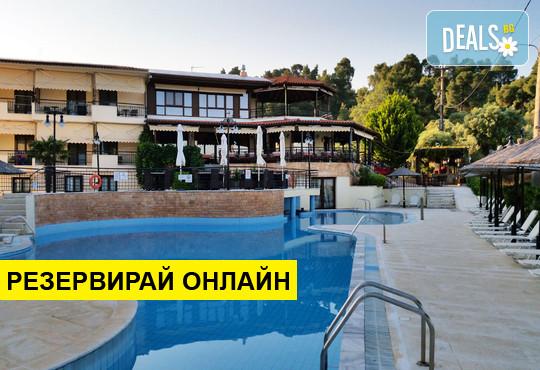 Нощувка на база BB,HB в Makednos Hotel 2*, Никити, Халкидики