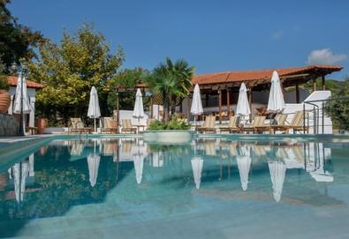 3+ нощувки на човек на база Закуска в Pyrgos Hotel 2*, Уранополис, Халкидики - Снимка