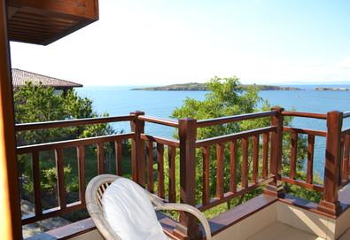 Лято, слънце и море! Почивка в хотел Диаманти 3* в Созопол - нощувка със закуска, безплатно за дете до 12г.! - Снимка