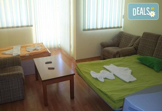 Лято в хотел Дариус 1*, к.к. Слънчев бряг: Нощувка със закуска или закуска и вечеря