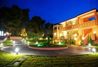 Нощувка на база Само стая, Закуска в Agrili Apartments Resort 0*, Никити, Халкидики - Снимка
