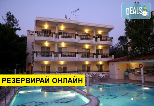 Нощувка на база BB в Sirines Hotel 2*, Потос, о. Тасос