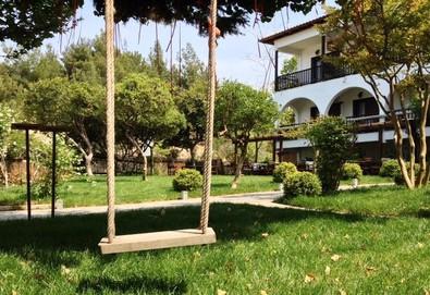 Нощувка на човек на база Закуска и вечеря в Hotel Liotopi 2*, Олимпиада, Халкидики - Снимка