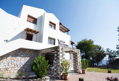 3+ нощувки на човек на база Само стая в Villa Victoria, Лименас, о. Тасос - Снимка