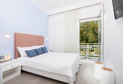 Нощувка на човек на база Закуска в Alkyon Hotel, Лименас, о. Тасос - Снимка