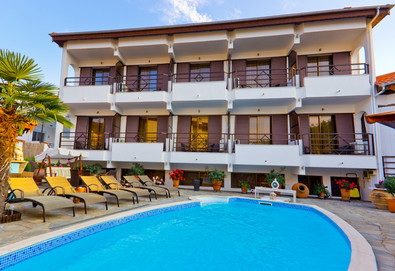 2+ нощувки на човек на база Само стая, Закуска в Pavlidis Hotel 2*, Лименас, о. Тасос - Снимка