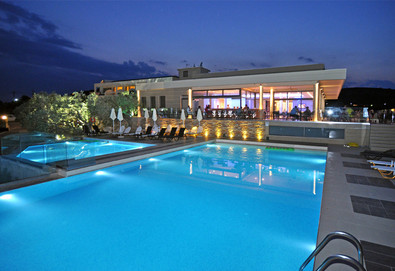 3+ нощувки на човек на база Закуска, Закуска и вечеря, All inclusive в Aeolis Thassos Palace Hotel 4*, Астрис, о. Тасос - Снимка