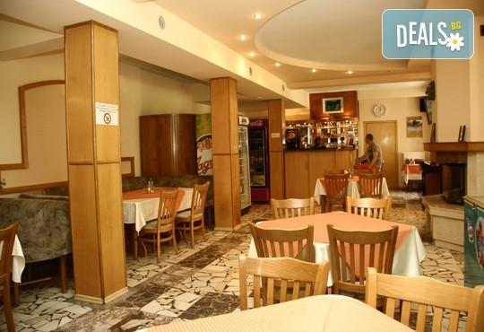 До 31.3 в хотел Сима, край Троян, м.Белкемето:  нощувка, закуска и вечеря, зона за релакс