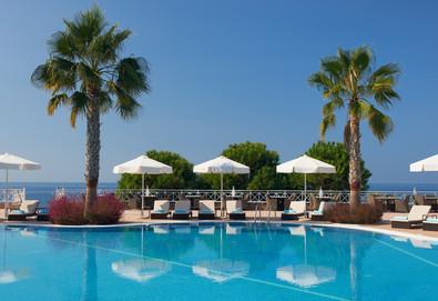 Нощувка на база Закуска и вечеря в Pomegranate Wellness Spa Hotel 5*, Касандра, Халкидики - Снимка