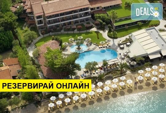 Нощувка на база HB в Anthemus Sea Beach Hotel & Spa 5*, Никити, Халкидики