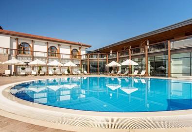 Лятна СПА ваканция в Каменград Хотел & СПА 4* в Панагюрище: 1 или повече нощувки със закуски или закуски и вечери, ползване на SPA Inclusive пакет - Снимка
