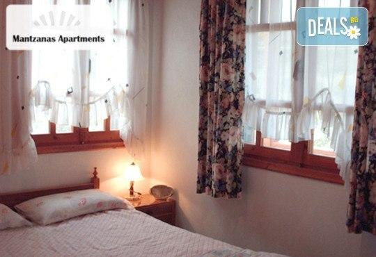 През лятото в Ситония, Халкидики, Гърция: 3/5/7 нощувки за до петима човека