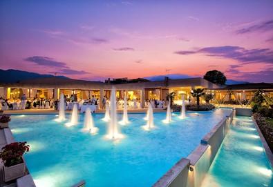 Нова година в Poseidon Palace Hotel 4*, Лептокария, Олимпийска ривиера! 3 или 4 нощувки със закуски и вечери, Гала вечеря на 31.12 с музика на живо, безплатно за първо дете до 13г.! - Снимка