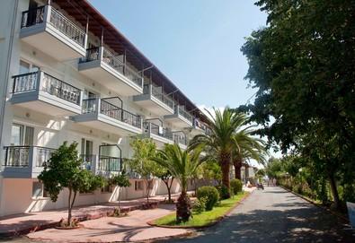 3+ нощувки на човек на база Закуска и вечеря в Sun Beach Hotel Platamon 3*, Платамонас, Олимпийска ривиера - Снимка