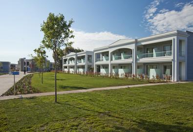 5+ нощувки на човек на база All inclusive в Blue Lagoon Princess Hotel 5*, Полигирос, Халкидики, безплатно за деца до 1.99 г. - Снимка