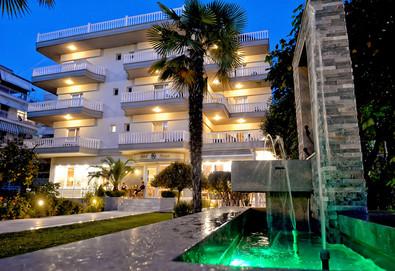 Нощувка на човек на база Закуска, Закуска и вечеря в Ioni Hotel 3*, Паралия Катерини, Олимпийска ривиера - Снимка