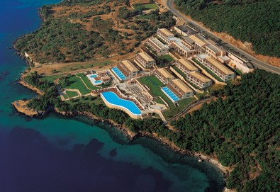 Нощувка на човек на база Закуска и вечеря в Ionian Blue Hotel 5*, Лефкада, о. Лефкада - Снимка