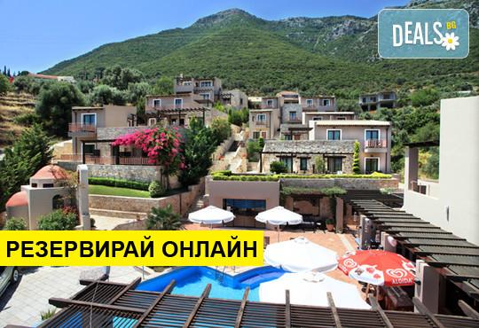 Нощувка на база BB,HB в Tesoro Hotel 4*, Лефкада, о. Лефкада