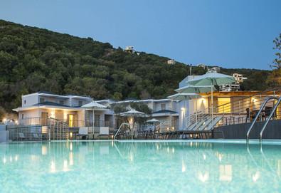 3+ нощувки на човек на база Закуска, Закуска и вечеря в Aqua Oliva Resort 4*, Сивота, Епир - Снимка