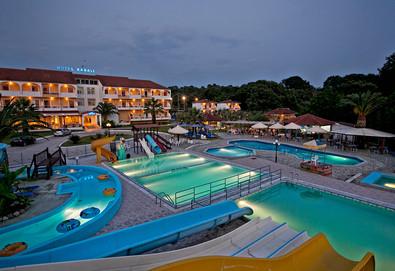 4+ нощувки на човек на база Закуска в Hotel Kanali 3*, Превеза, Епир - Снимка