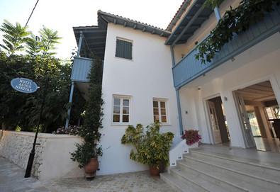 7+ нощувки на човек на база Закуска в Agios Nikitas Hotel 2*, Лефкада, о. Лефкада - Снимка