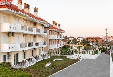 2+ нощувки на човек на база Само стая, Закуска в Lagaria Palace Apartments 3*, Афитос, Халкидики - Снимка
