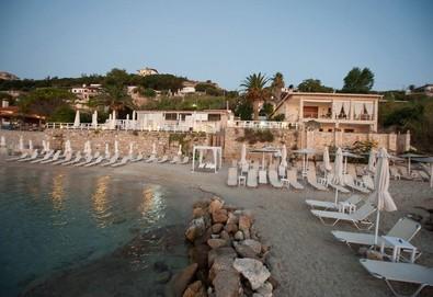 Нощувка на човек на база Закуска и вечеря в White Suites Resort 4*, Афитос, Халкидики - Снимка