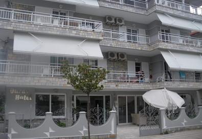 3+ нощувки на човек на база Само стая, Закуска, Закуска и вечеря в Ouzas Hotel 2*, Олимпиаки Акти, Олимпийска ривиера - Снимка