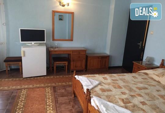 Лято в Къща за гости Колев 2* в Несебър: нощувка, безплатно за дете до 2.99 г.