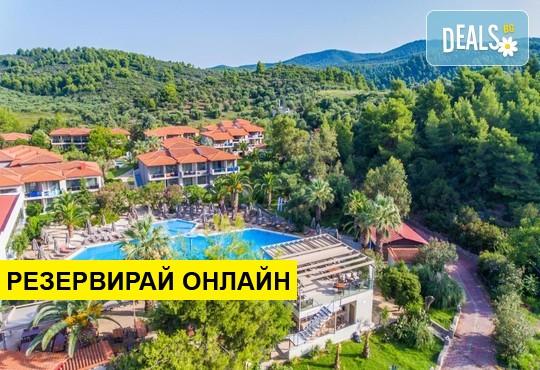 Нощувка на база AI в Poseidon Resort Hotel 4*, Неос Мармарас,