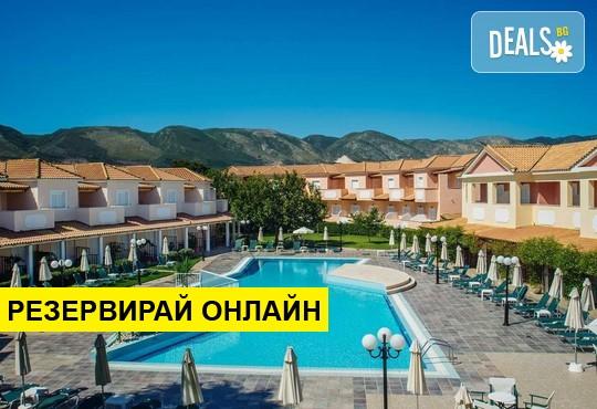 Нощувка на база BB,HB в Ecoresort Zefyros Hotel 2*, Агиос Кирикос, о. Закинтос
